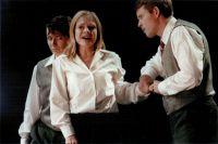Carola Günther (Cherubin), Sabine Goetz (Susanna), Hans Lydman (Graf) © Frank Heller