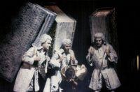 Francesch Chico-Bonet (Theseus), Die drei Parzen (Lawrence Jordan, Peer Abilgaard, Wiktor Czerniawski) © Barbara Aumüller